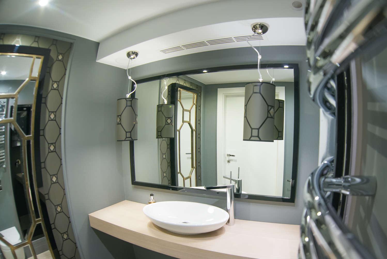 łazienki w villi rubinstein